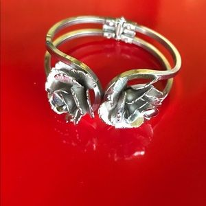 Gorgeous Silver Rose Design Bracelet